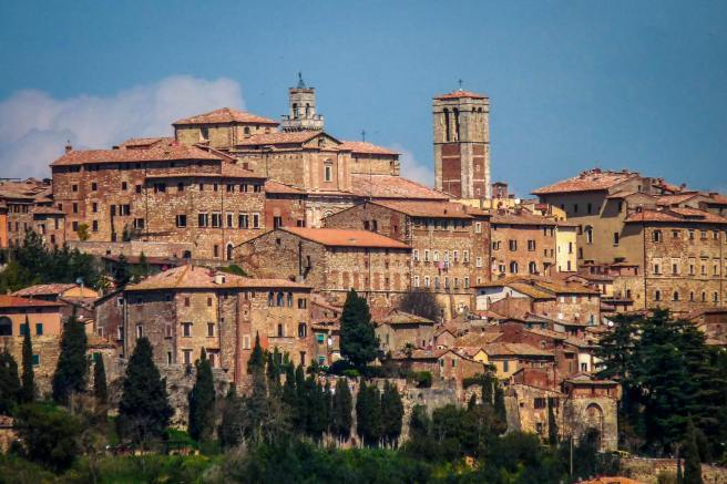 Montepulciano-Villages-in-Tuscany-21
